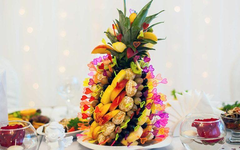 Фруктовая пальма и вкусные букеты МРК «Зеленый остров»